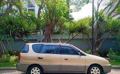 2000 Kia Carens dijual