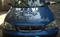 2002 Kia Carens dijual