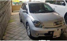 Toyota IST 2004 Dijual