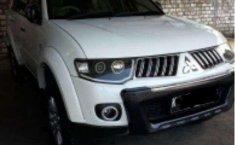Jual Mitsubishi Pajero Exceed 2010 Putih