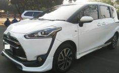 Jual Toyota Sienta Q 2013