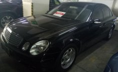 Mercedes-Benz E200 2.0 Automatic 2005 Dijual