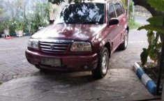 Suzuki Grand Escudo 2001 merah