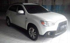 Mitsubishi Outlander 2013 putih