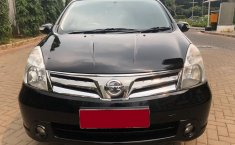 Nissan Grand Livina 1.5 Ultimate AT 2012 Dijual