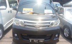 Jual Daihatsu Luxio X AT 2011