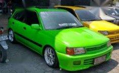 Toyota Starlet 1997 hijau