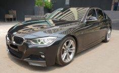 BMW 328i F30 2.0 Sport Rare FullSpec Twinturbo 2014 Dijual