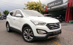 Hyundai Santa Fe  2012 Putih