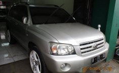 Toyota Kluger 2.4 2004 Dijual