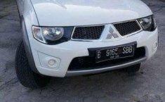 Mitsubishi Strada Triton  2015 harga murah
