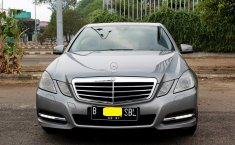 Mercedes-Benz E250 CGI Avantgarde 2011
