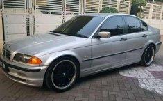 BMW M 2000 dijual
