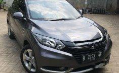 Honda HR-V (S) 2015 kondisi terawat