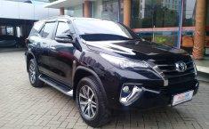 Jual mobil Toyota Fortuner SRZ 2016