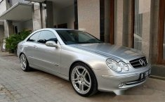 Mercedes-Benz CLK240  2003 DVG.WIS.Entities.Color