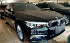 BMW 530i  2017 DVG.WIS.Entities.Color