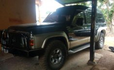 Nissan Patrol 4.8 Automatic 1986 DVG.WIS.Entities.Color