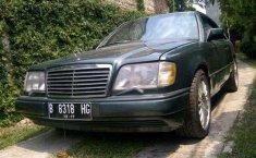 1993 Mercedes-Benz 300CE dijual
