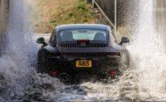 Suhu Panas Hingga di Dalam Lautan, Ini Cara Porsche 911 Disiksa untuk Generasi Baru