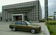 BMW 318i 1.8 1990 DVG.WIS.Entities.Color