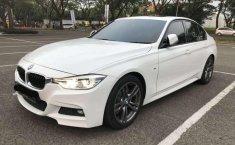 BMW 330i 2016 terbaik