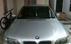BMW 318i  2003 DVG.WIS.Entities.Color