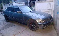 BMW 318i 1.8 1993 harga murah