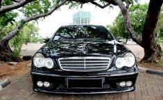 Mercedes-Benz C240 Classic 2005 Dijual