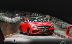 Review Mercedes-Benz CLA 200 AMG Line 2018
