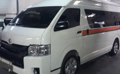 Toyota Hiace High Grade Commuter 2016 DVG.WIS.Entities.Color