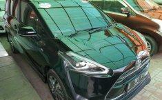 Jual Toyota Sienta Q 2016