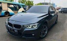 BMW 330i (M Sport) 2017 kondisi terawat