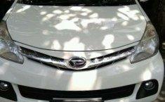 Daihatsu Xenia R 2015 harga murah