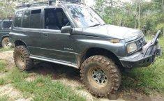 1992 Suzuki Vitara dijual