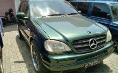 Mercedes-Benz ML350 2000 dijual