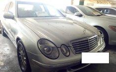 Jual Mercedes-Benz E260 2005