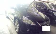 Mitsubishi Grandis 2.4 Automatic 2010 Dijual