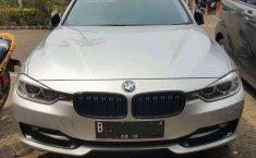 2013 BMW 328i dijual