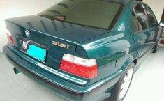 1996 BMW i8 dijual