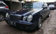 Mercedes-Benz E240  2001 DVG.WIS.Entities.Color
