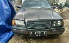 Mercedes-Benz CLK () 1995 kondisi terawat