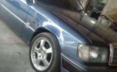 Mercedes-Benz 300 1993 dijual
