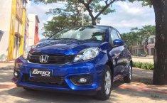 TIPS BELI MOBIL BEKAS: Honda Brio 1st Gen 2012-2017, Si Hatchback Kompak Yang Diganduringi Millenials