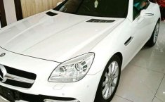 Mercedes-Benz SLK200 () 2012 kondisi terawat