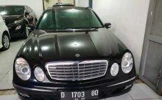 Mercedes-Benz E240 W210 2.4 Automatic 2003 Dijual