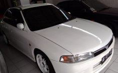 Mitsubishi Lancer 1.4 Manual 1990 Dijual