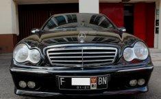 Jual Mercedes-Benz C240 Classic 2005