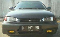 1995 Hyundai Elantra dijual