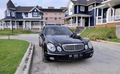 Mercedes-Benz E260 2005 terbaik